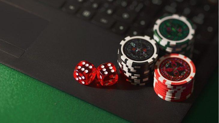 Vedonlyönnin ja kasinon yhdistävät sivustot