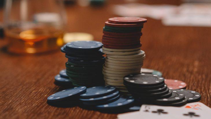 5 toimivaa vinkkiä nettikasinoilla pelaamiseen ja panostamiseen